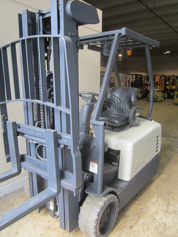 Used crown electric cheap forklifts for sale for Electric forklift motor for sale